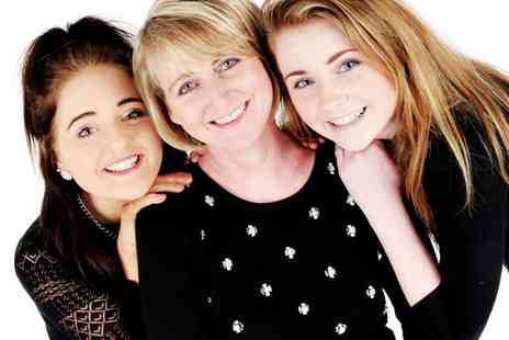 Studio Blink - Mothers Day photoshoot including a glass of bubbly each   - Save 98%
