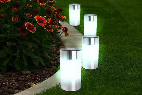 Urshu - Two chrome solar powered outside lights  - Save 75%