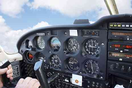 Bristol Flying - 15 or 30 Minute Full Motion Flight Simulator Experience Plus a Six Month Membership  - Save 68%