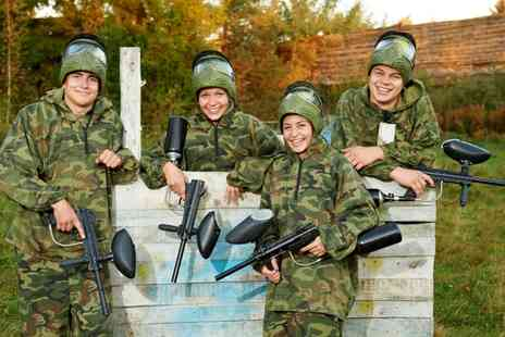 Elsham Activity Centre - 100 Balls of Paintball and Lunch for Five, Ten or Twenty - Save 90%