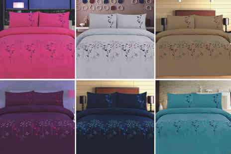 Rynz Collection - Double embroidered duvet set  - Save 56%