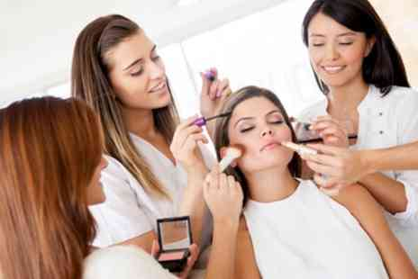 Mia Thompson make up artist - Two Hour MAC Make Up Masterclass for One or Two - Save 74%