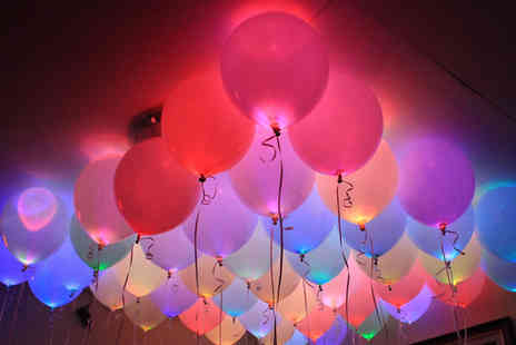 Giftright - Light Up Balloons 6, 12, 18 or 24 - Save 80%