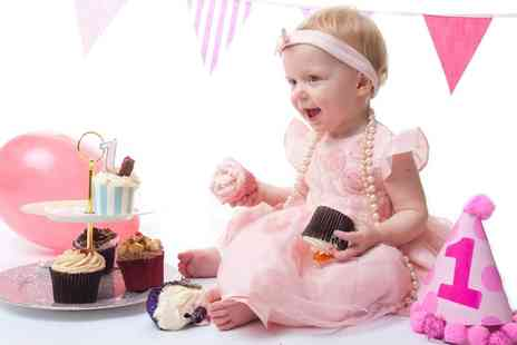 Momento Photography - Cake Smash Photoshoot with Print  - Save 0%