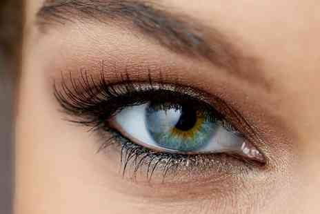 Sarah Janes Makeup Hair - Full Set of Semi Permanent Lashes with Tint - Save 61%