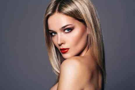 Bespoke Hair Salon - Cut, Blow Dry and Half Head of Highlights - Save 57%