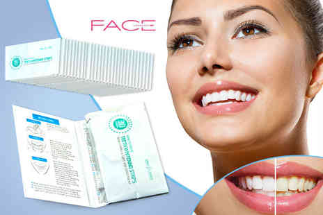Smile Science - Pack of 28 teeth whitening strips - Save 69%