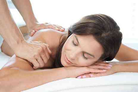 Imagine Physiotherapy Clinics - Up to 180 Minutes of Sports Massage - Save 50%