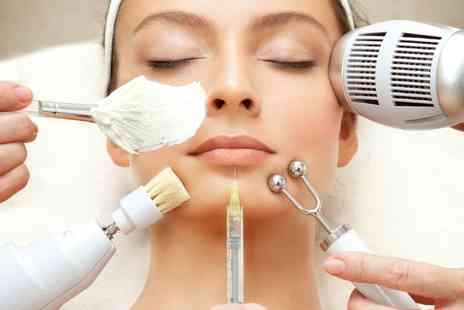 The Acculaser Medispa - IPL acne facial - Save 79%