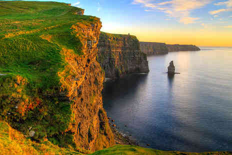 Self Drive Ireland Tour - Three or Four Star 10 nights Stay in Autotours Ireland - Save 0%