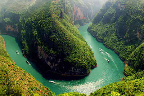 Magic of the Yangtze -  Four or Five Star 16 nights Stay in Magic of the Yangtze - Save 37%