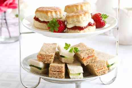 The Queens Head Salisbury - Champagne Afternoon Tea for Two or Four - Save 0%