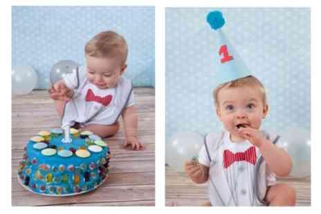 Kristie Lee Photography - Baby Cake Smash Photoshoot with a DVD - Save 90%