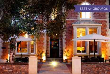 Jolyons at No. 10 - One or Two Nights Stay For Two With Breakfast, Fizz and Sharing Platter  - Save 0%