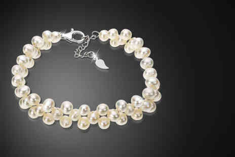 Jewel Unique - Freshwater pearl cluster bracelet - Save 92%