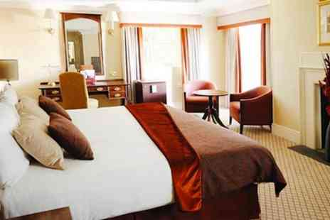 Carlton Mitre Hotel - One Night Stay For Two With Breakfast and Mini Bar or 1 to 3 Nights Plus Dinner - Save 0%