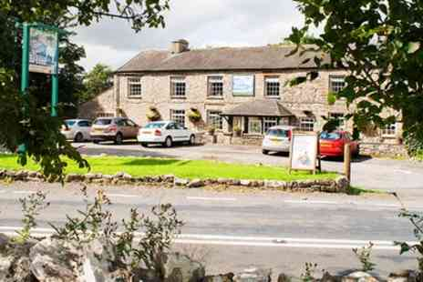 The Fat Lamb Hotel -  One Night Stay For Two With Breakfast or 2 or 3 Nights Plus Prosecco - Save 36%
