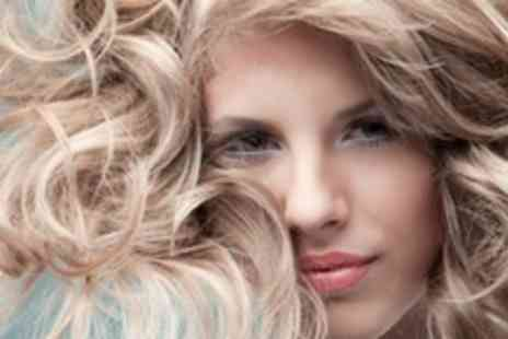 Lip Couture - Restyle and Curly Blow Dry - Save 68%