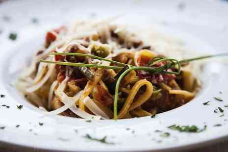 Leonardos - Pizza or Pasta for Two or Four - Save 46%