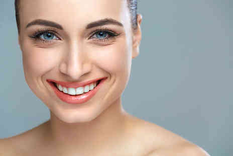 Charisma Clinic - Removable invisible braces on one arch or both arches - Save 61%