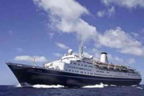 Cruise and Maritime Voyages - One night full board party cruise for two in London - Save 41%
