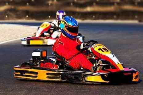 Teamkarting -  30 minute go karting experience with 50 laps - Save 53%