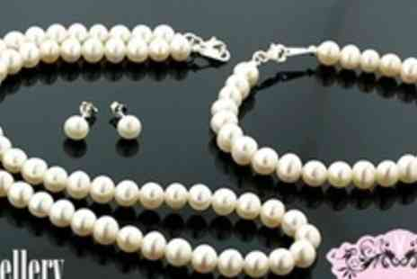 Jewellery Hall - Classic Fresh Water Pearl Set - Save 83%