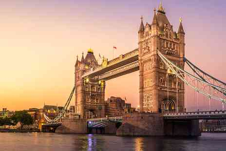 City Cruises PLC - Thames Dinner Cruise for 2 including Drinks & Live Music - Save 51%