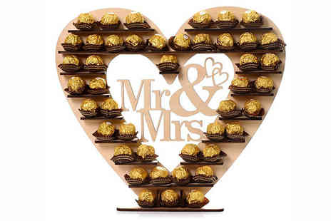 The 3D Shop - Mr and Mrs Heart Wedding Display Stand - Save 0%