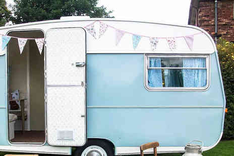 DAM Photography - Three hours of vintage caravan photobooth hire with all photos on USB - Save 67%