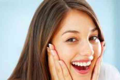 The White Smile Company - One hour teeth whitening session - Save 82%