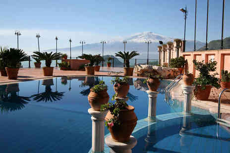 Hotel Villa Sonia - Four Star 7 nights Stay in a Classic Room - Save 34%