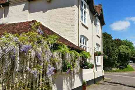 The Bluebell Inn - South Downs Chateaubriand & Bubbly for 2 - Save 32%
