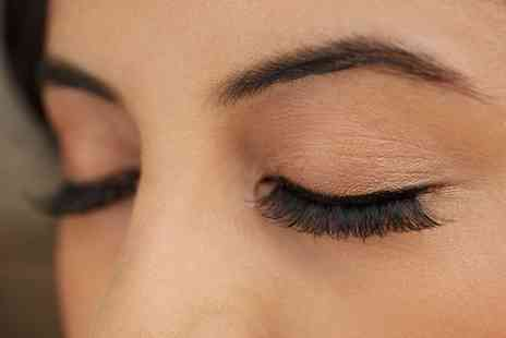 Sapphire Beauty - Eyebrow Wax and Tint with an Eyelash Tint - Save 0%