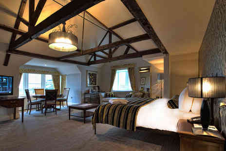 Wivenhoe House Hotel - Four Star 1 night Stay in a  Luxury Suite - Save 43%