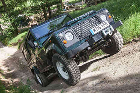 Land Rover Driving - Two Hour 4x4 Land Rover Driving Thrill i- Save 35%