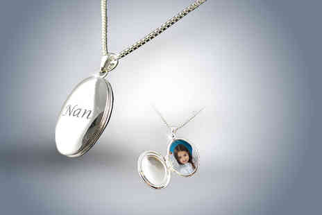 Cian Jewels - Personalised oval locket - Save 85%
