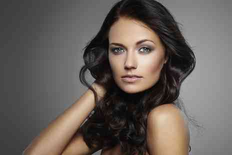 Flaunt Spa Hair - Wash, Cut, Blow Dry, Finish and Conditioning Treatment - Save 70%