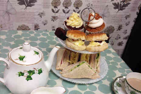 Mom n Co - Vintage afternoon tea for two - Save 0%