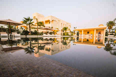 Visir Resort and Spa - Four Star 14 nights Stay in a Deluxe Room - Save 67%