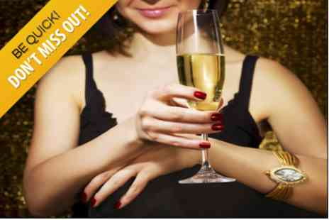 Levoi Champagne Nail Bar - Manicure and Glass of Bubbly - Save 38%