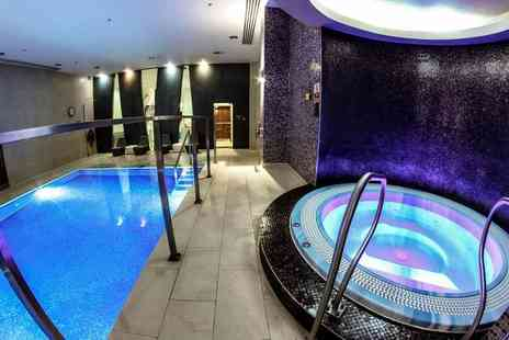 London Therapy 4 U - Choice of spa package for one with one hour spa access - Save 61%