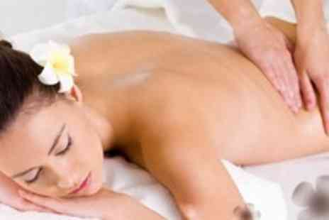 Touch Beauty - Eve Taylor Heaven Facial Plus Swedish Back, Neck and Shoulder Massage - Save 65%