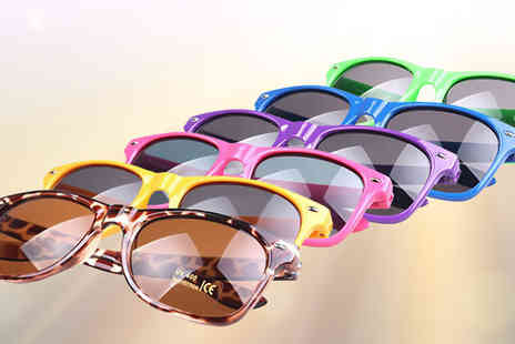 Flawlesssteel  - Wayfarer Style Sunglasses in 12 Colours - Save 72%