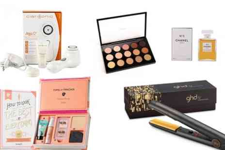 Groupon Goods Global GmbH - Beauty Mystery Gift Set with a Chance to Get GHD Styler, Jimmy Choo or Chanel EDP, Mac or Benefit Cosmetics - Save 0%