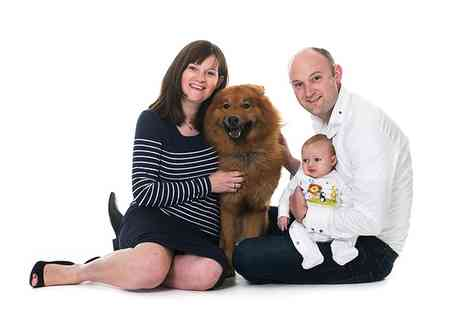 Longfield Studios - Family and Pet Photoshoot With Print - Save 83%