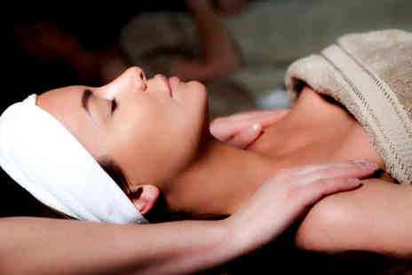 Viva Beauty - £20 for a One Hour Luxury Facial or Massage plus 269% off further treatments - Save 69%