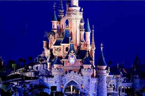 Coach Innovations - Disneyland day trip with fast track ride entry and return coach - Save 31%