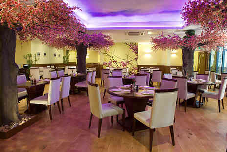 Chop Chop Glasgow - Chinese banquet for two - Save 61%