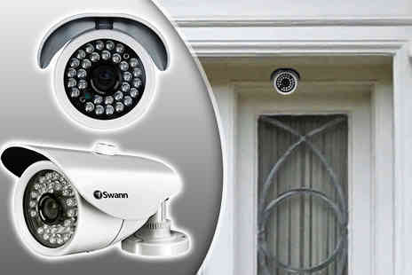 Pacetech - Swann Pro 861 super wide angle CCTV camera or a Pro 870 outdoor night vision CCTV camera - Save 39%